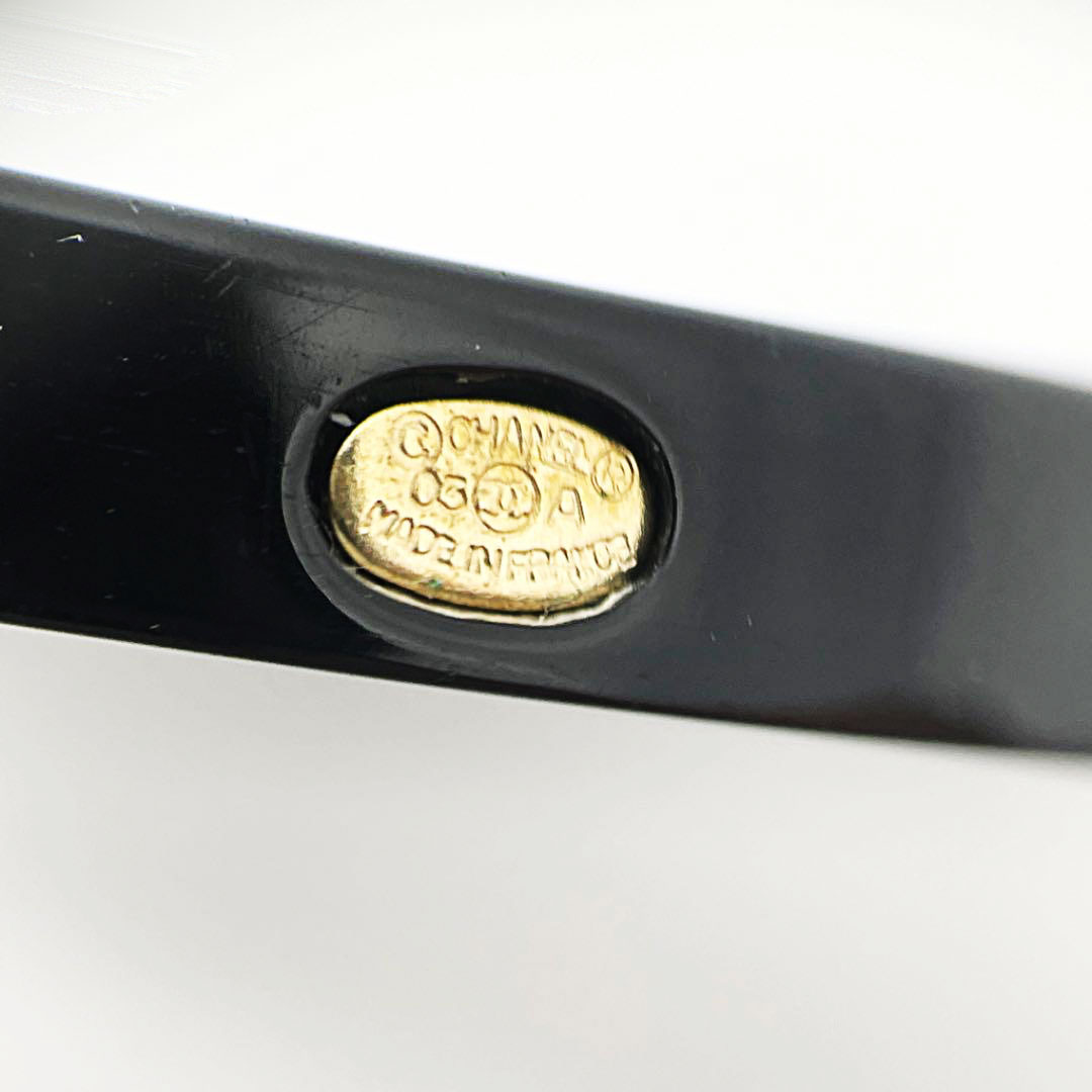 CHANEL シャネル バッグチャーム キーホルダー 03A ココマーク ツリー クローバー ブラック ゴールド