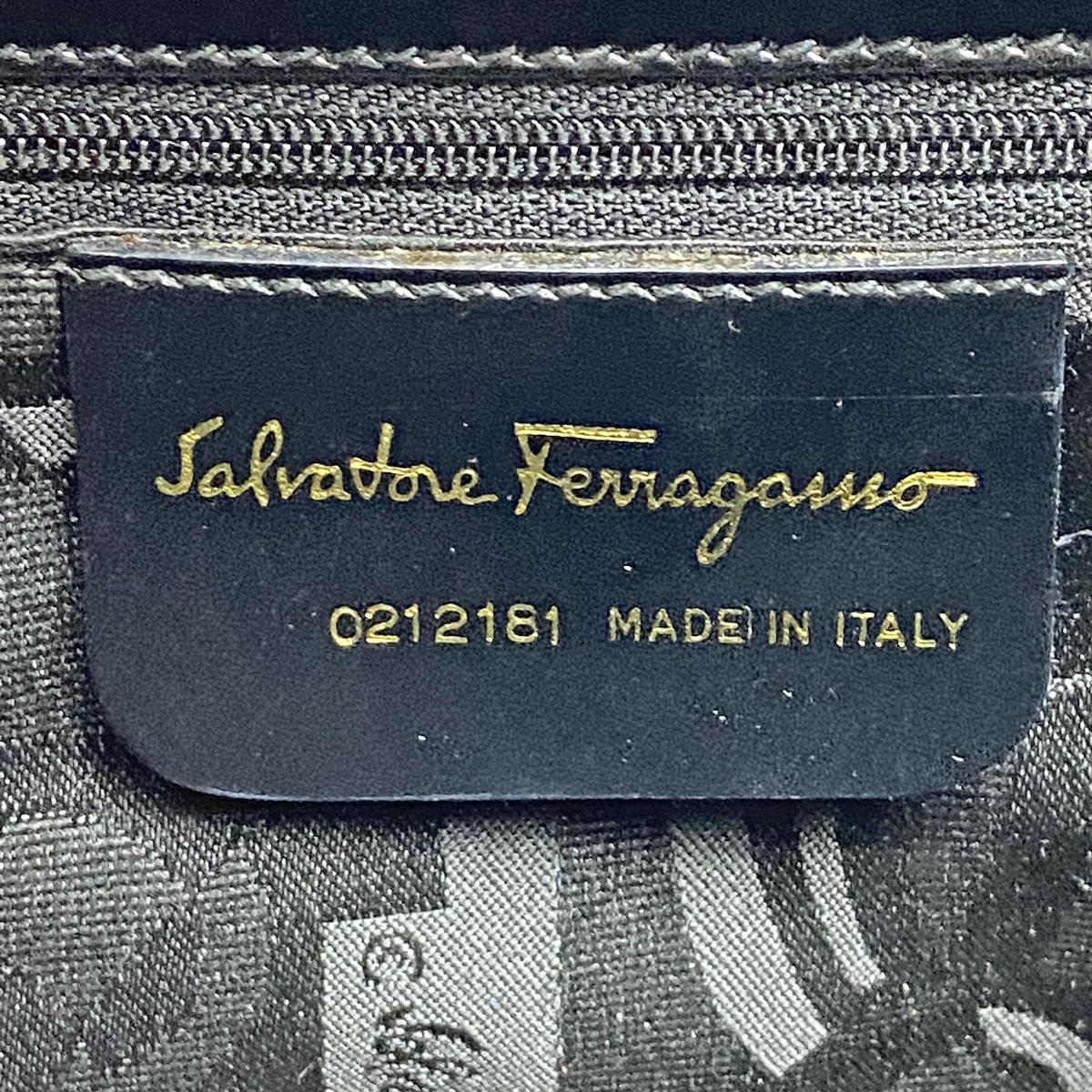 Salvatore Ferragamo サルヴァトーレ フェラガモ 2WAYショルダーバッグ ガンチーニ レザー ブラック ゴールド金具