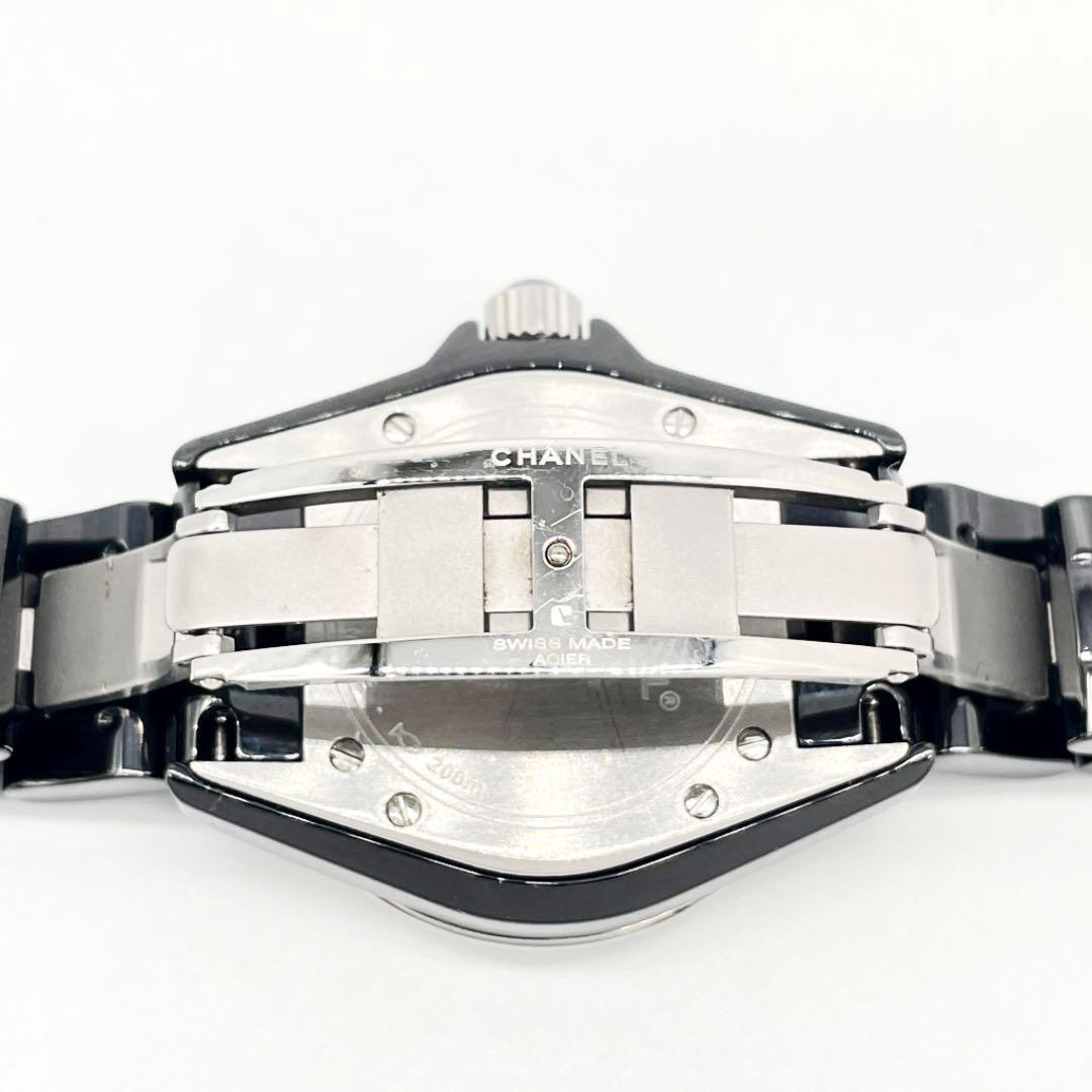 CHANEL シャネル J12 33mm レディース腕時計 ブラックセラミック ダイヤベゼル QZ H1708