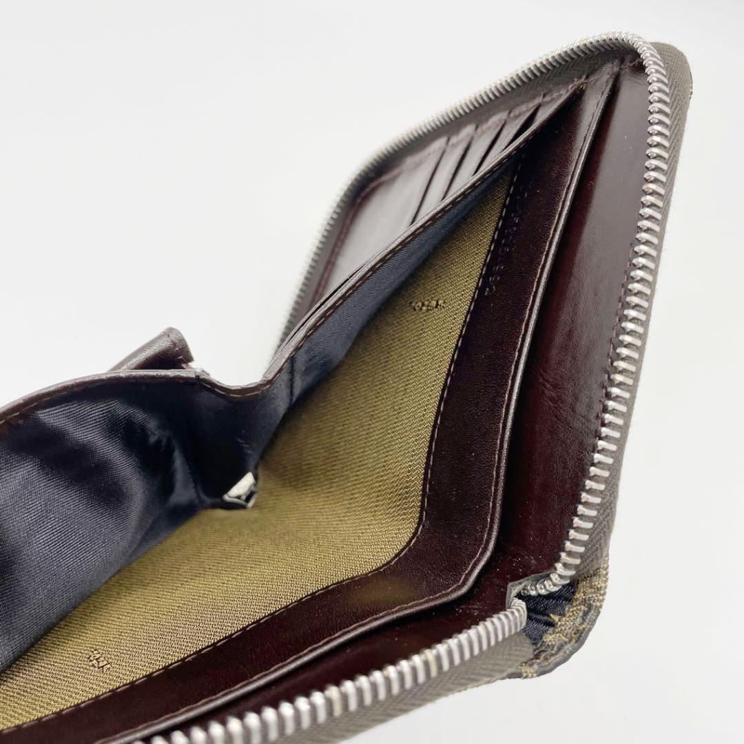 FENDI フェンディ ラウンドファスナー 二つ折り財布 キャンバス ズッカ柄 ブラウン