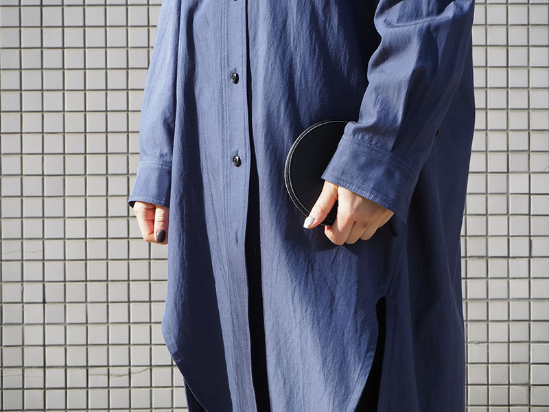 pouch circle / black