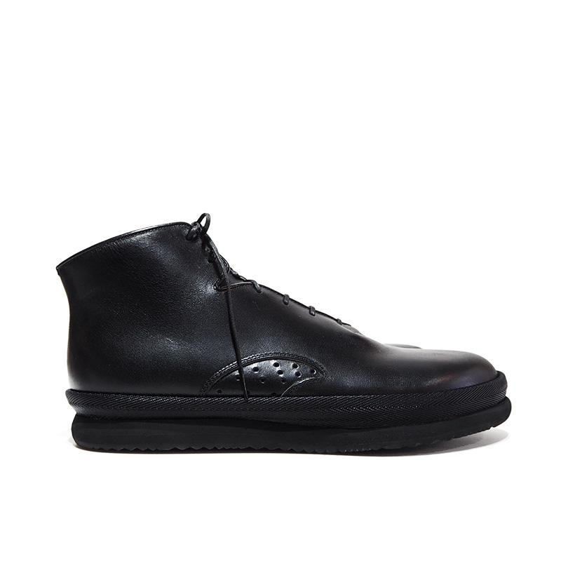 Hi Cut Shoes / Black