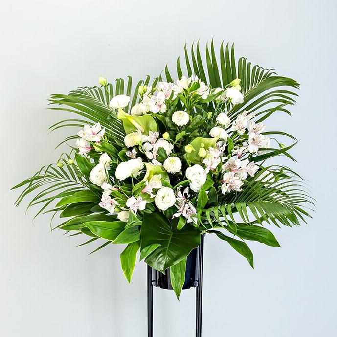 スタンド花 Mサイズ(ホワイト・グリーン系)