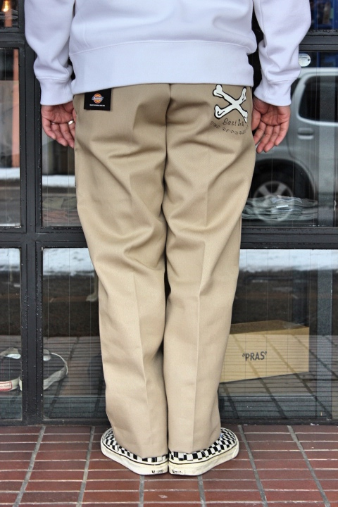 BACKDROP/DICKIES 874 CROSS BONE