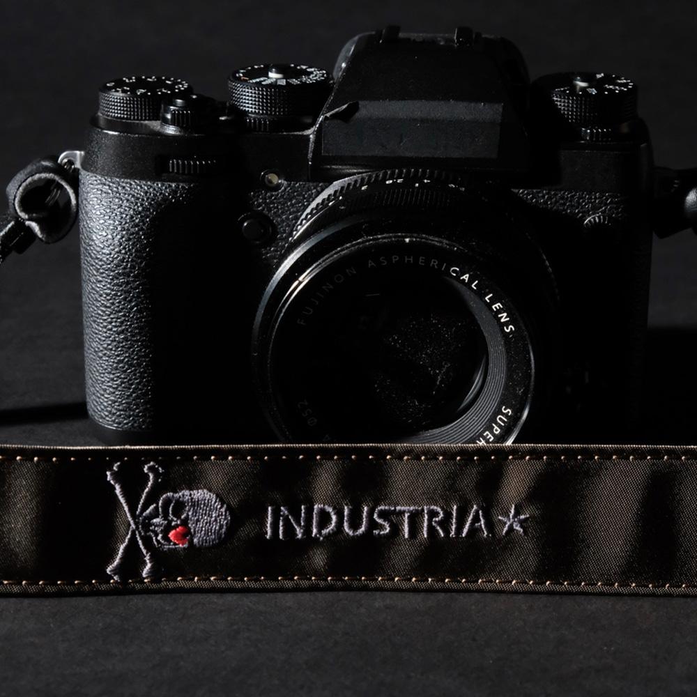 INDUSTRIA★ スカル刺繍 カメラストラップ IND-570-G