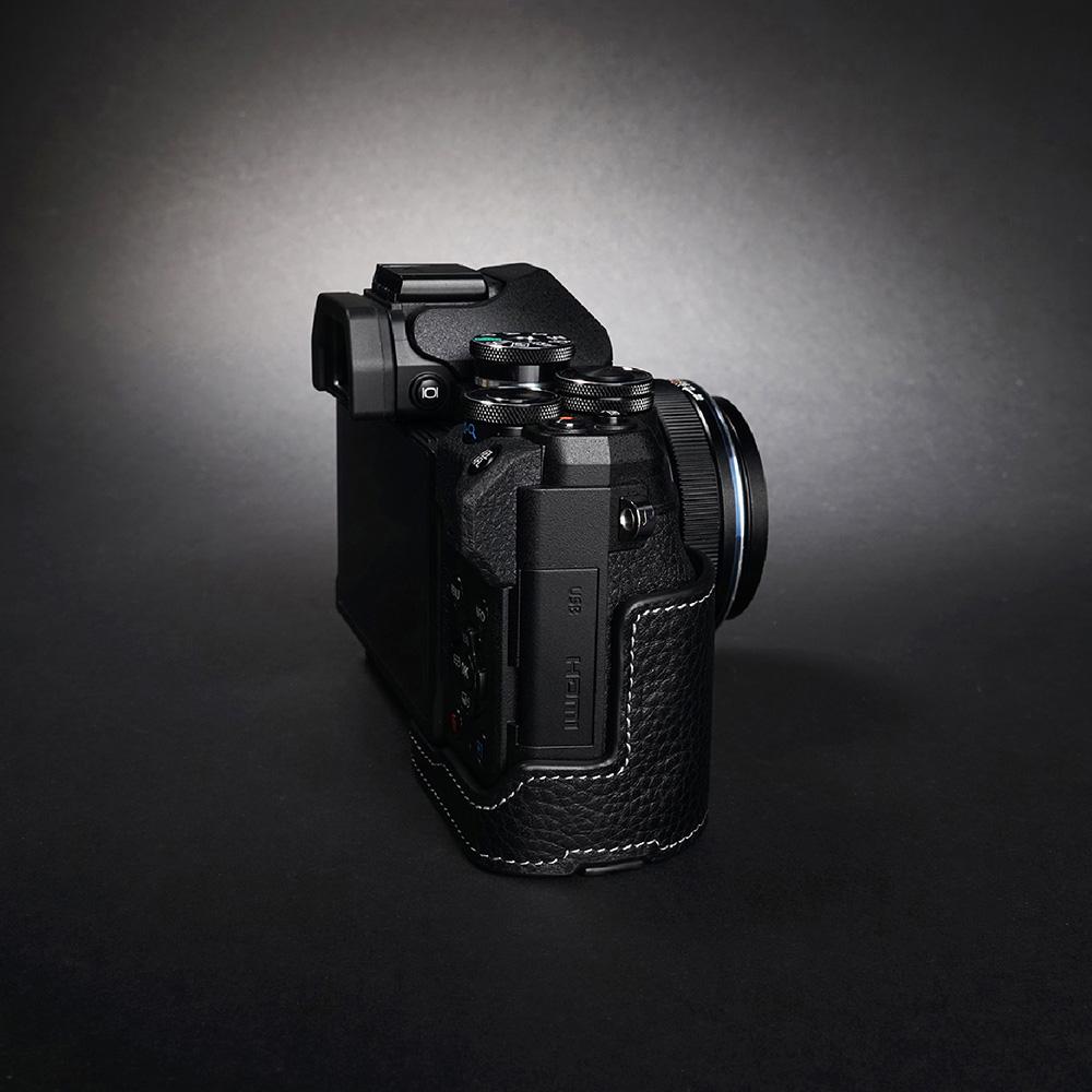 TP Original OLYMPUS E-M10 Mark IV 用 ボディーハーフケース ブラック