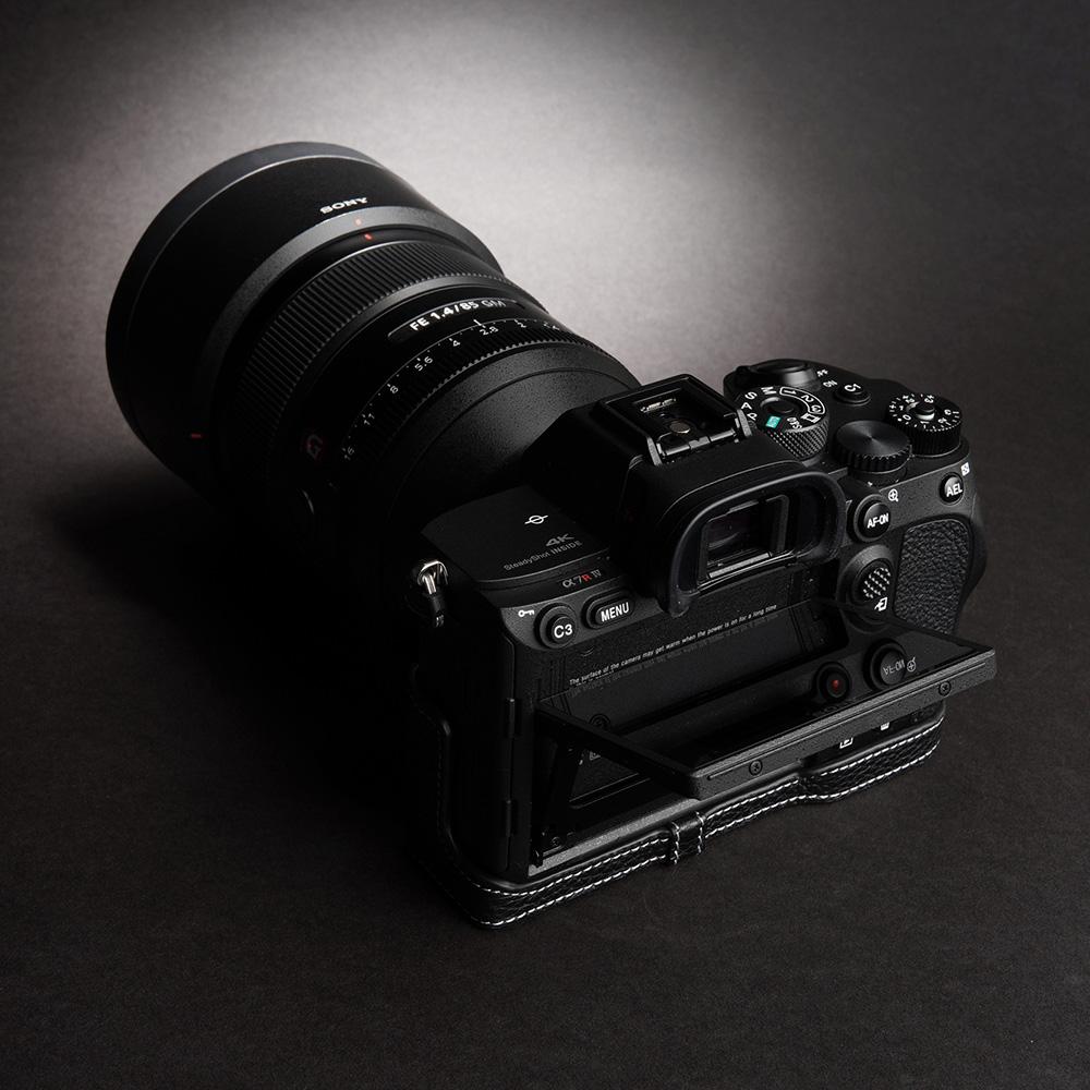 TP Original SONY α7R IV 用 ボディーハーフケース ブラック