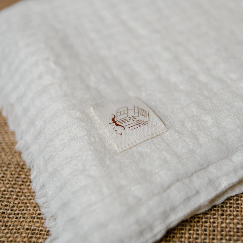 真面綿ナチュラル素と織る(ストール) 「白樺」