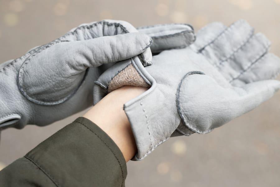 シカ革の手袋
