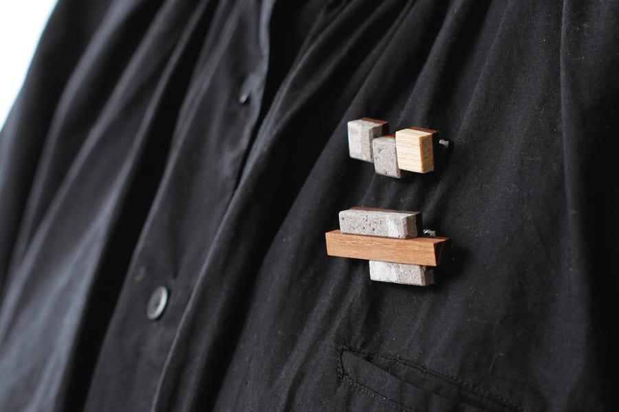 札幌軟石ブローチ bocco