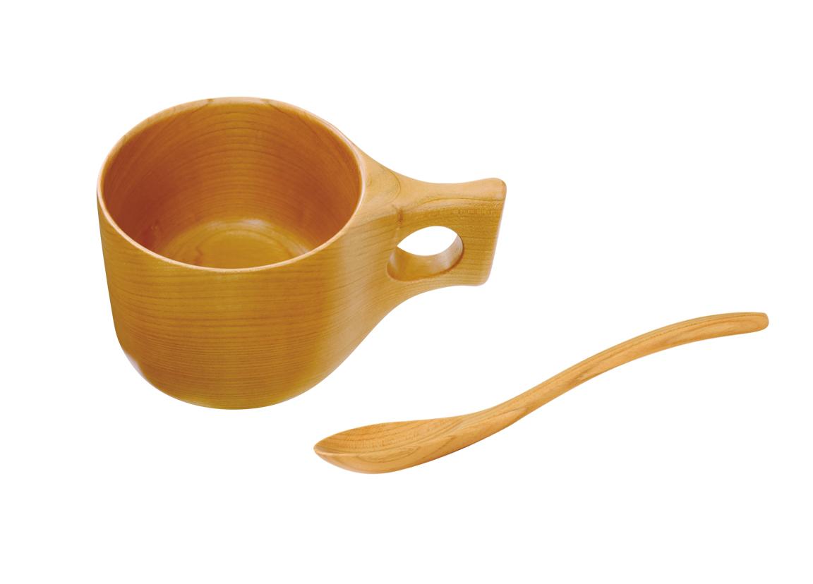 マグカップとスプーンのセット