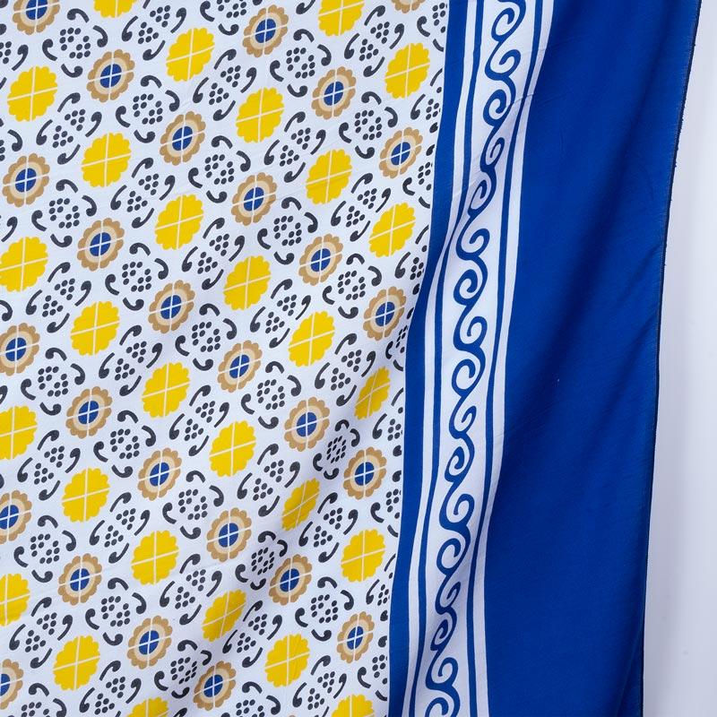 モロッコタイル柄 アラビアン【ブラジルカンガ】大判クロス ホワイト×ブルー パレオ