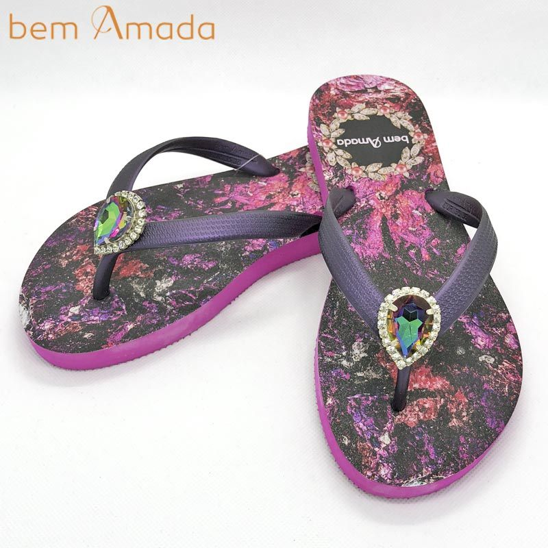 ■50%OFF■【bem Amada】ビジュー付きビーチサンダル【ジュエリー】|ピンク