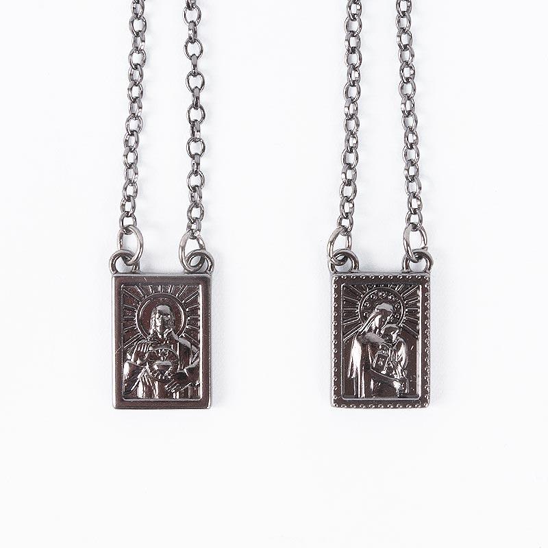 エスカプラーリオ キリスト&マリア【お守りネックレス】ブラックシルバー