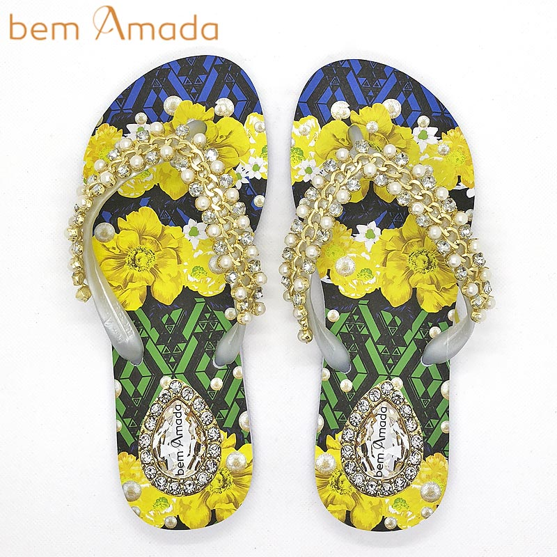 ■50%OFF■【bem Amada】ビジュー付きビーチサンダル【トロピカルパールフラワー】|ホワイト