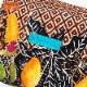 トロピカルフルーツ柄クッションスクエアポーチ MUNNY by Malagueta ブラックマルチ