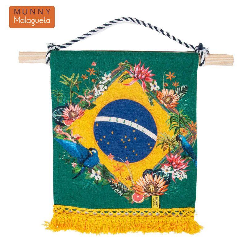 ブラジル国旗&楽園デザインファブリックペナントインテリア雑貨 MUNNY by Malagueta イエローマルチ