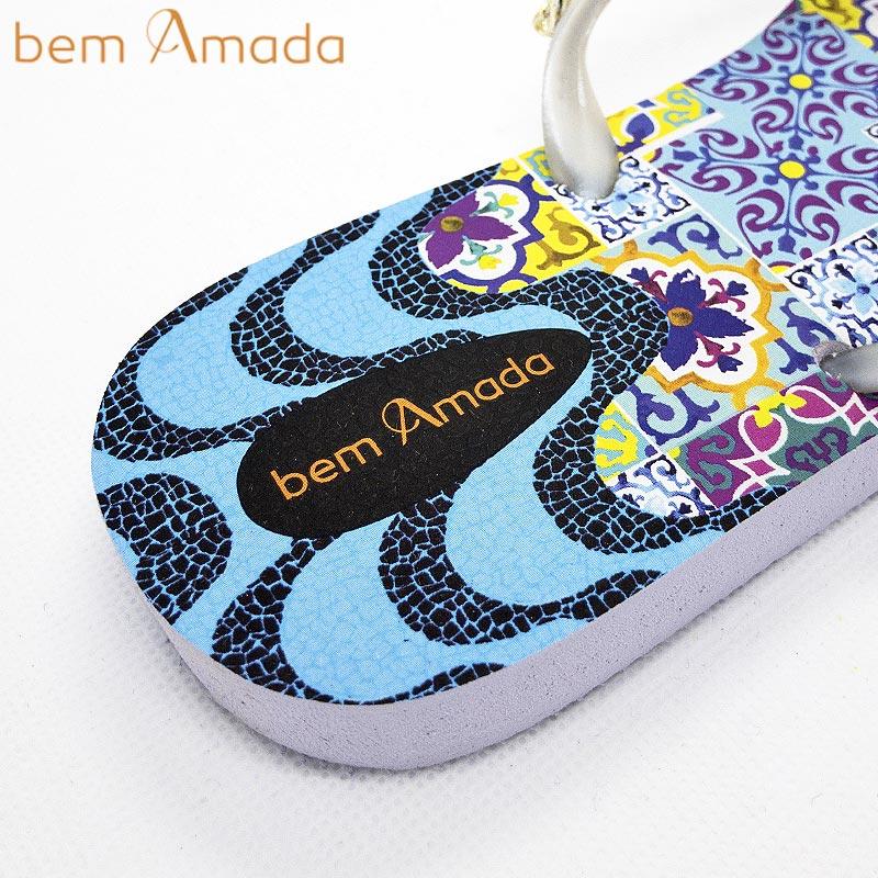■50%OFF■【bem Amada】ビジュー付きビーチサンダル 【タイル柄】|ホワイト