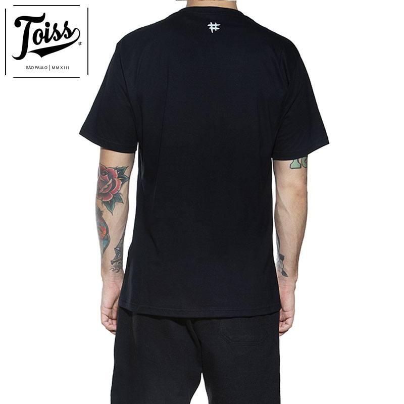 "【TOISS】トイス 縦ロゴTシャツ""LOGO VERTICAL"" | ブラック"