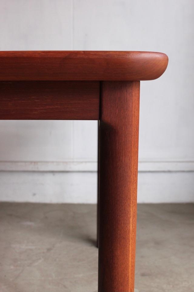 テーブル�