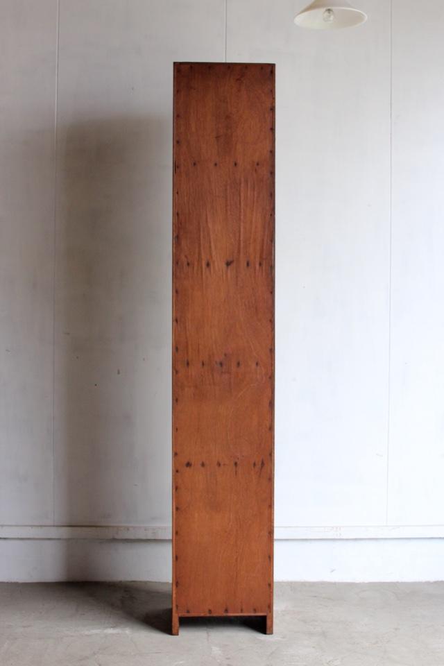 縦長のロッカー