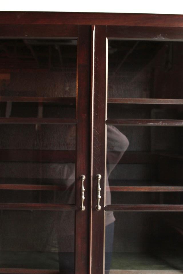 ガラス戸棚�
