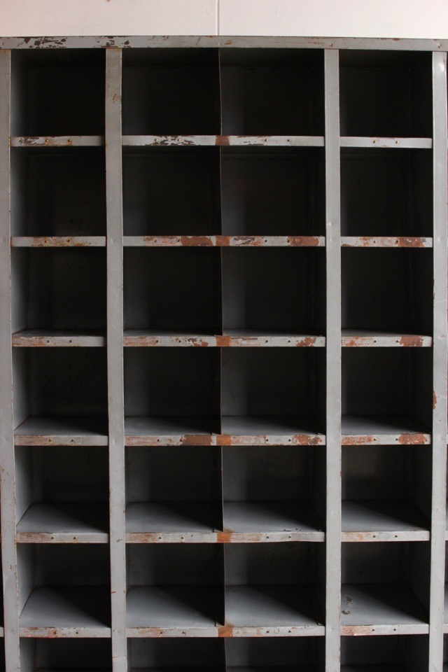 48升のスチール棚