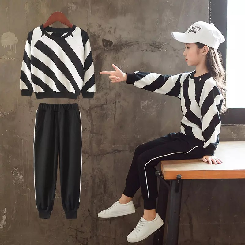 30%OFF!韓国ファッション ガールズお得  * 2点セット*