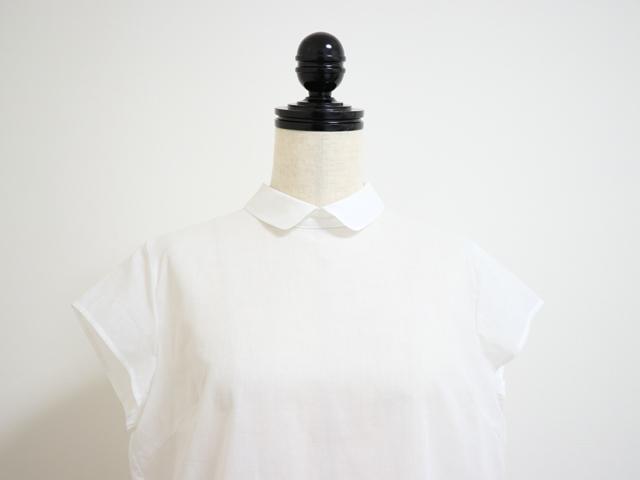スタンプアンドダイアリー 後ろボタン&たっぷりタックでふんわり 薄手でさらっと着れるフレンチスリーブブラウス