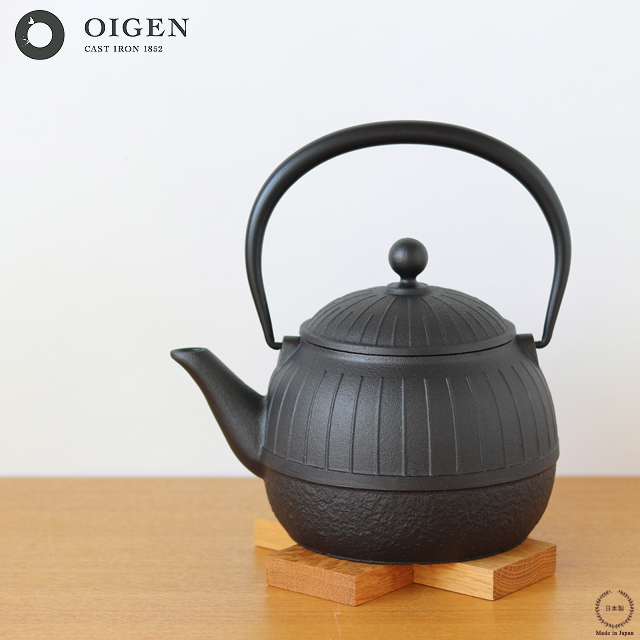 OIGEN(及源鋳造) 鉄瓶 八千草 1.2L