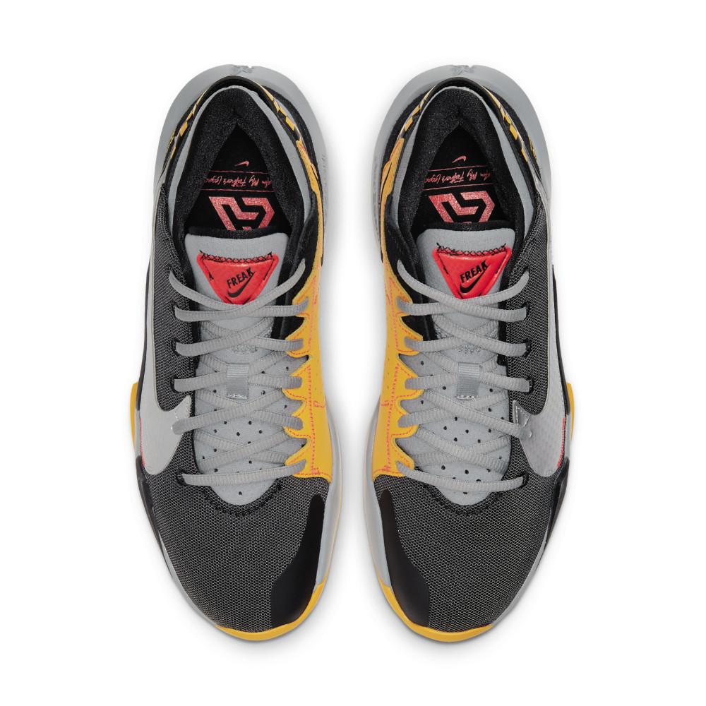 ナイキ NIKE ズーム フリーク 2 バスケットボールシューズ CK5424-006(ブラック/メタリックシルバー) 21SSモデル!!