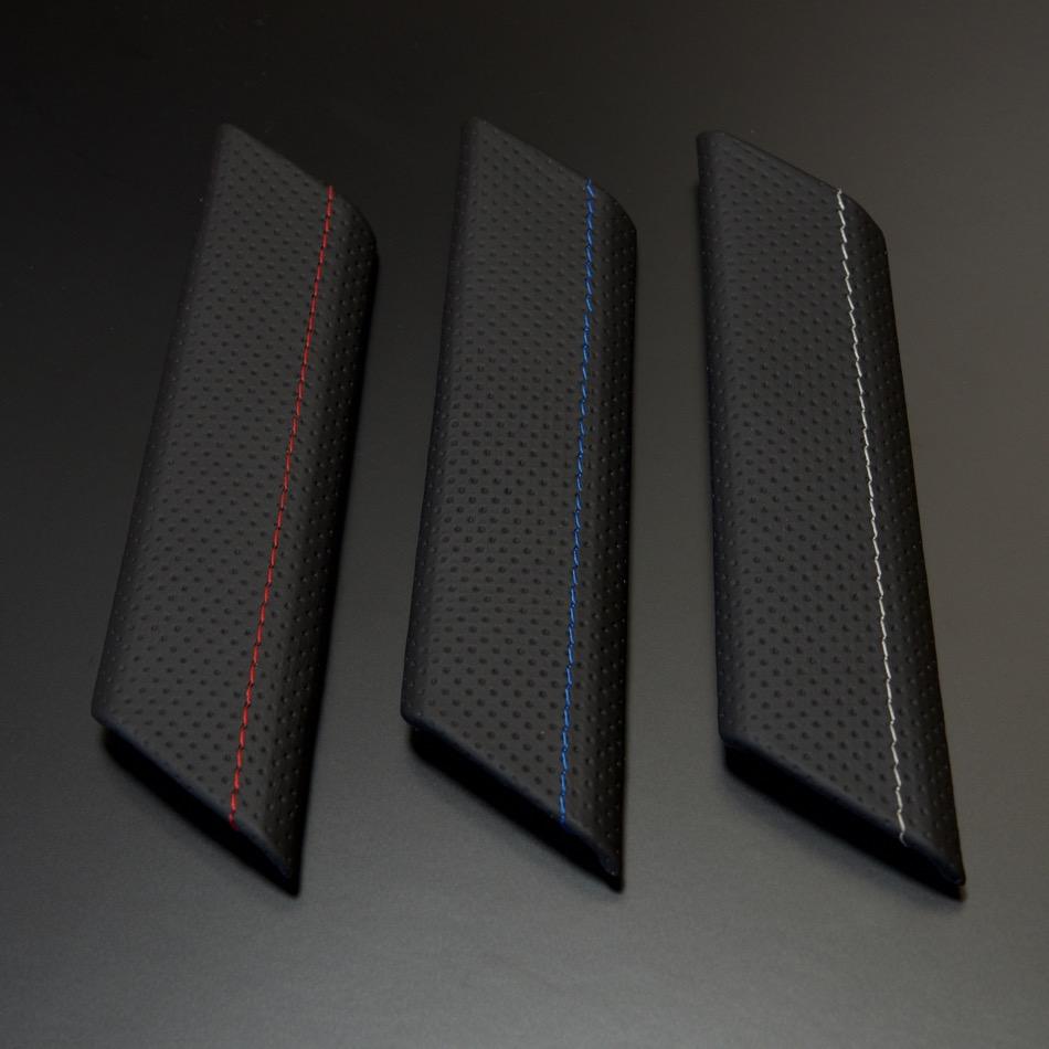 ゴルフ7・7.5 ドアグリップパネル パンチングレザー