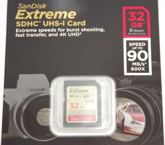 SanDisk サンディスク SDHCカード Extreme 32GB 海外パッケージ版  Class10  UHS-I  V30 90MB/s (SDカード・メモリーカード)