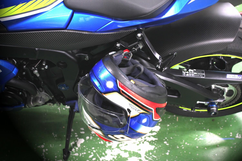 SPEEDRA ヘルメットロック GSX-R1000/R 17-