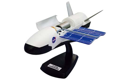 アオシマ スカイネット 立体パズル 4Dパズル 1/50 X-37Bスペースプレーン