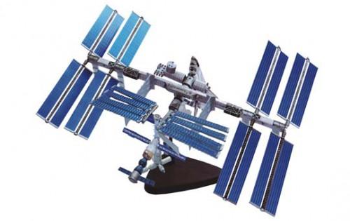 アオシマ 4D VISION 立体パズル No.1 4Dパズル 国際宇宙ステーション&スペースシャトル