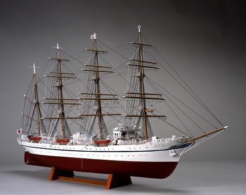 ウッディジョー 1/160 日本丸 帆なし