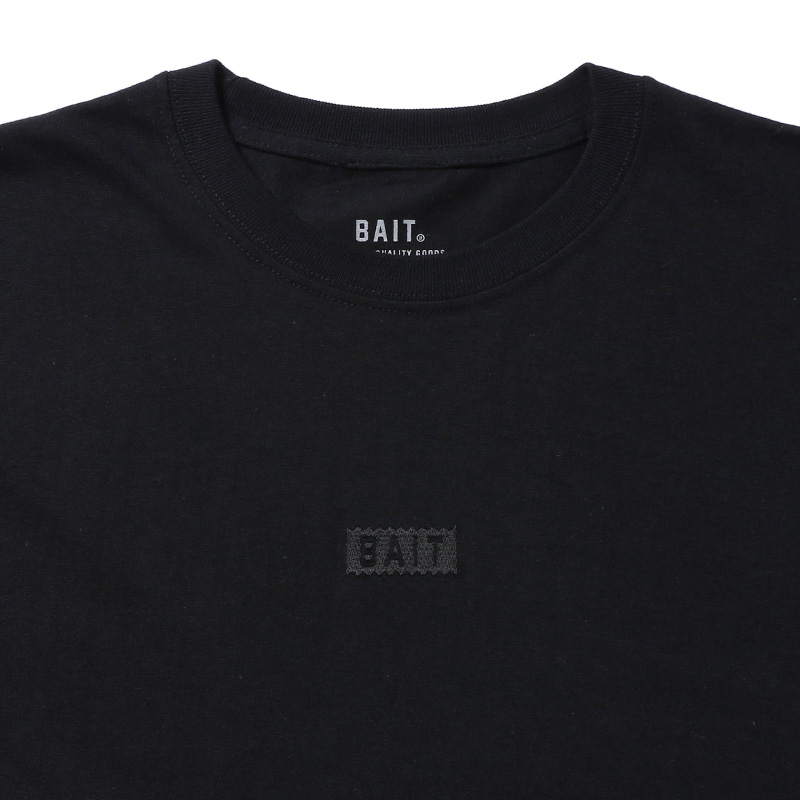 BAIT EMBROIDERY SSTEE - 777-BAT-TEE-003