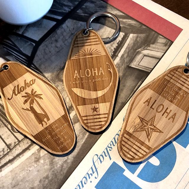 【30個以上ご注文の方限定】 【名入れ無料】【送料無料】 WOOD キータグ 【A】 モーテル キーホルダー 国産竹材使用 バンブーキーホルダー 木製 インスタで話題♪
