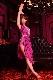 足を長く魅せるパープル(紫)・スリットドレス