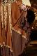 ベルスリーブとブラウン&ショコラ(茶色とチョコレート色)のオーバーレイヤードレス