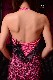 スレンダーボディに見えるスパニッシュローズ(濃いピンク)のフリンジドレス