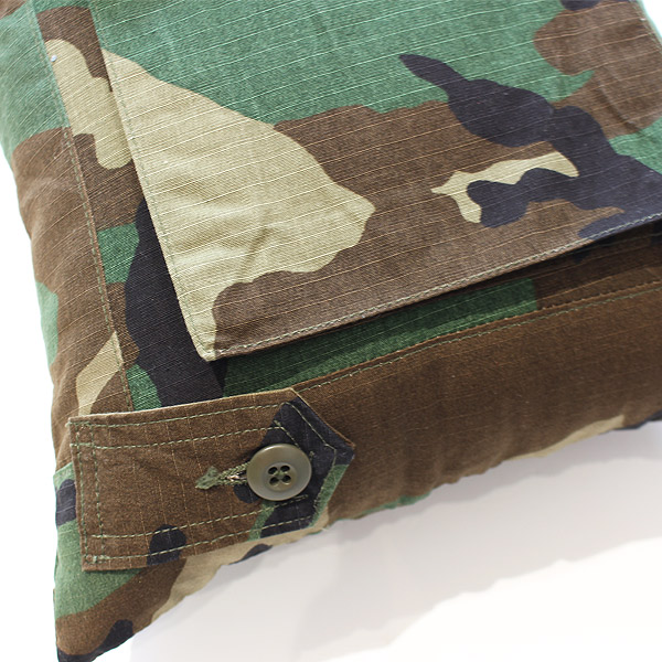 HAND LIGHT<br/>Camouflage Cushion Small No.2