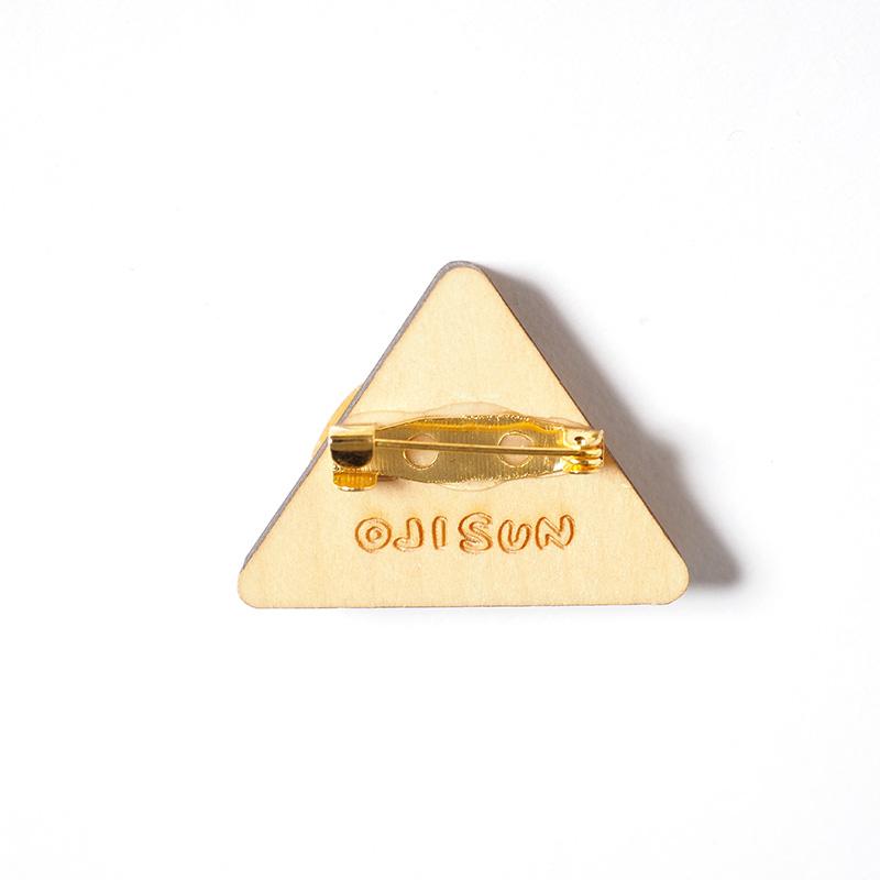 木製バッチ / ピラミッド