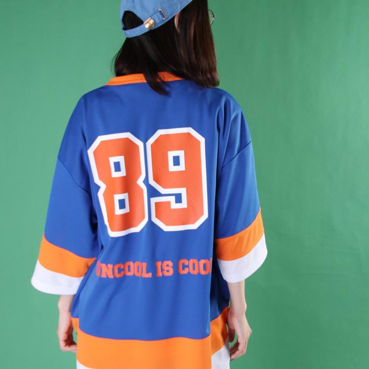 89フットボールTEE