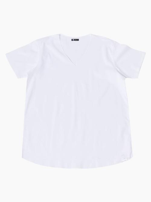 Vネックシャツ(ホワイト)