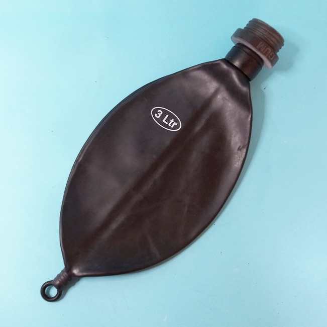 【Latex-Maske】Breath Bag of 3Litres with Thread Connection