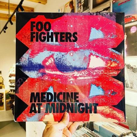 FOO FIGHTERS / Medicine At Midnight  LP