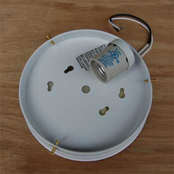 Ceiling Light_MOUNT WH    M