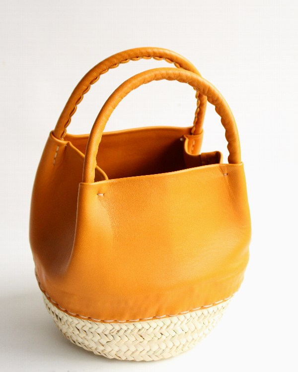 WARANGWAYAN(ワランワヤン) Sac Nousnous Petite(ノスノス プチ) キャメルオレンジ